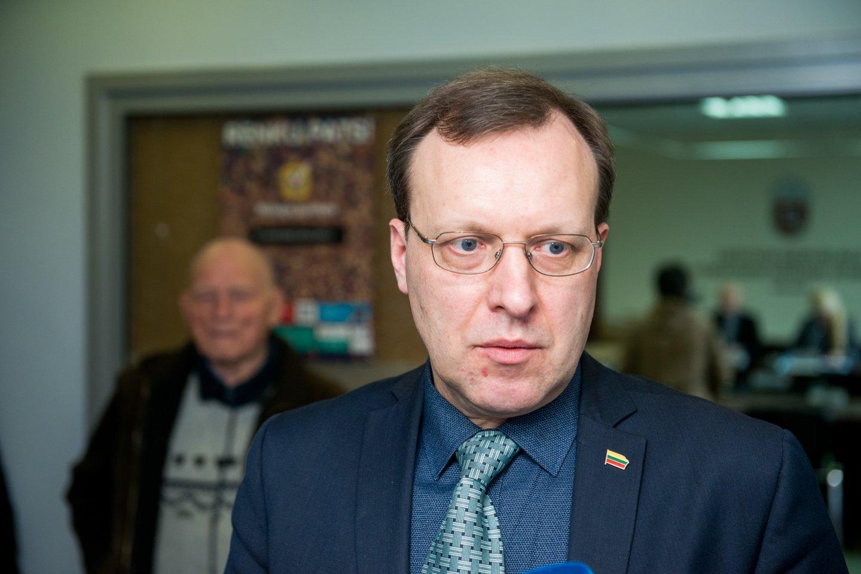 Dešimt prezidento posto siekusių politikų prarado rinkimų užstatus.<br>J.Stacevičiaus nuotr.