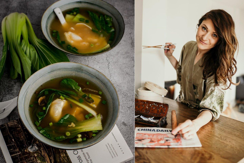 """N.Kurganovės receptas: miso sriuba su be lukšto virtu kiaušiniu.<br>Nuotr. iš """"Magic Mint""""."""