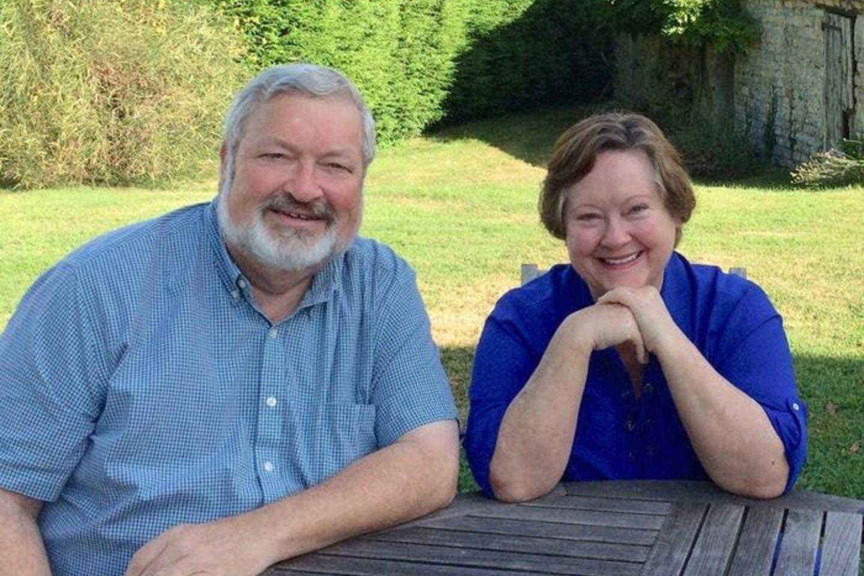 Pensininkai Debora ir jos vyras Guyleas Kavinai, keliaudami į Londoną (Anglija) aplankė ir Siciliją. Čia iš privataus pardavėjo už 50 tūkst. eurų nusipirko vieną iš apleistų namų.<br>Asmeninio archyvo nuotr.