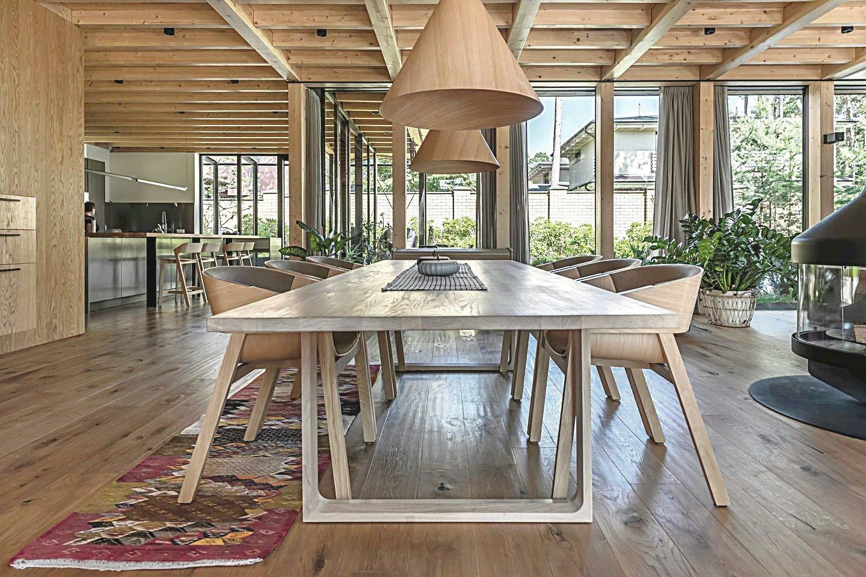 Geriausio namo interjero kategorijoje nugalėjo šeimos vila Giruliuose, esanti vos keli šimtai metrų nuo jūros ir priderinta prie aplinkos.<br>L.Ciūnio nuotr.