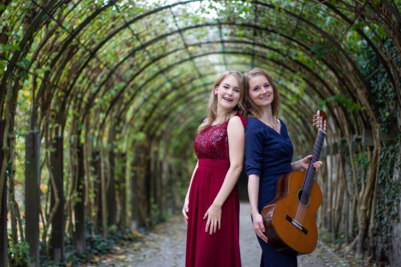 "Duetas""Celeo"" – sopranas C.Hubmann ir gitaristė L.Rothbucher.<br>Organizatorių nuotr."