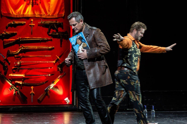 """T.Girininkas S.Prokofjevo operoje""""Karas ir taika""""Niurnbergo valstybiniame operos teatre.<br>Niurnbergo operos teatro nuotr."""