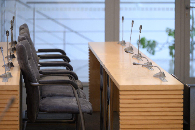 Pateikiame statistiką, kaip Seimo rudens sesijoje darbavosi parlamentarai: kaip dažnai dalyvavo posėdžiuose ir kokių teisės aktų projektų pasiūlymų individualiai bei grupėse pateikė.<br>V.Skaraičio nuotr.