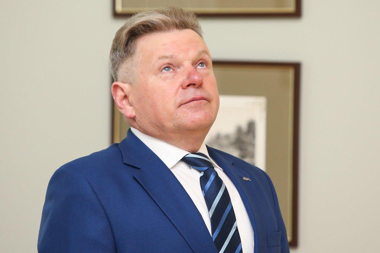 Susisiekimo ministras J.Narkevičius tapo nesantaikos tarp valdančiųjų ir Prezidentūros priežastimi.<br>R.Danisevičiaus nuotr.