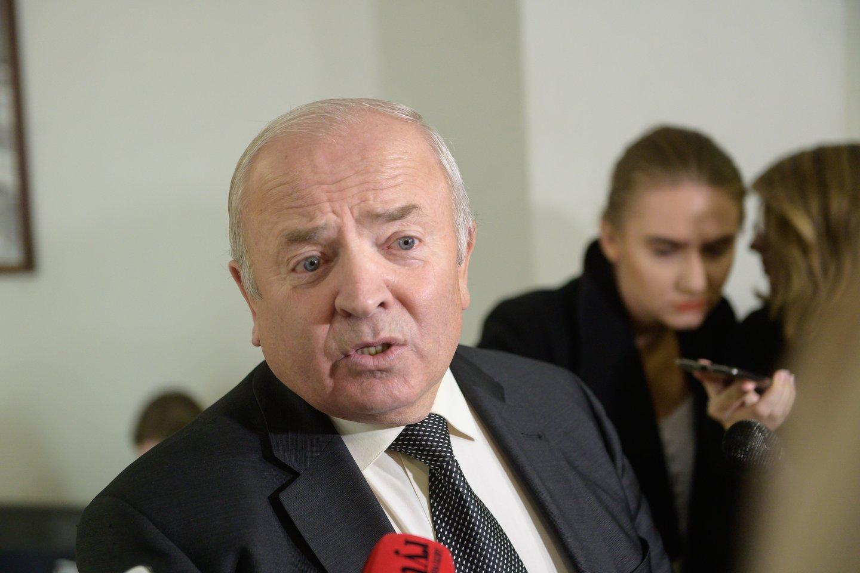 V.Kamblevičius linkęs nusileisti ir paaukoti J.Narkevičių.<br>V.Skaraičio nuotr.