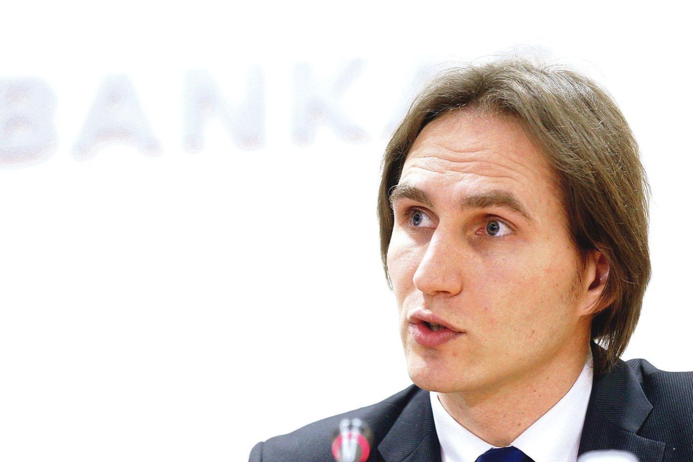 """Lietuvos banko valdybos narys M.Jurgilas tikino, kad prižiūrimos """"fintech"""" kompanijos grėsmių nekelia, tačiau kyla klausimų, ar visuomet ta priežiūra tinkama.<br>Nuotr. iš LR archyvo"""