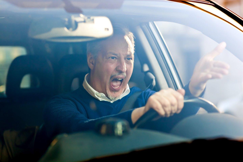 Psichologai sako, kad keiksmažodžiai yra tam tikra žmogaus pykčio iškrova, agresijos proveržis ir kad keiktis neužmušant žmogaus yra sveika.<br>123rf nuotr.