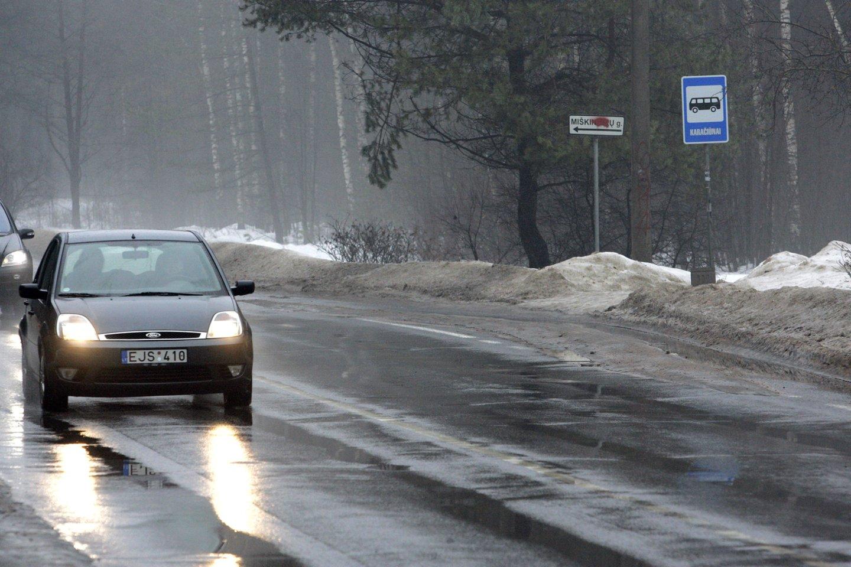 Padangas reiktų rinktis išmaniai, atsižvelgti ne tik į tai, kaip dažnai ir kokiais keliais vairuojama, bet ir į turimo automobilio technines galimybes.<br>V.Balkūno nuotr.