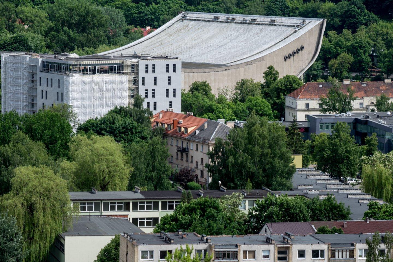 Turto bankas tikėjosi, kad jau kitąmet prasidės Sporto rūmų rekonstrukcija.<br>V.Ščiavinsko nuotr.
