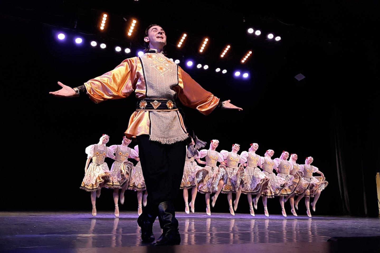 Klaipėdos žvejų rūmų scenoje - Baltarusijos nacionalinis šokių ansamblis.<br>G.Pilaičio nuotr.