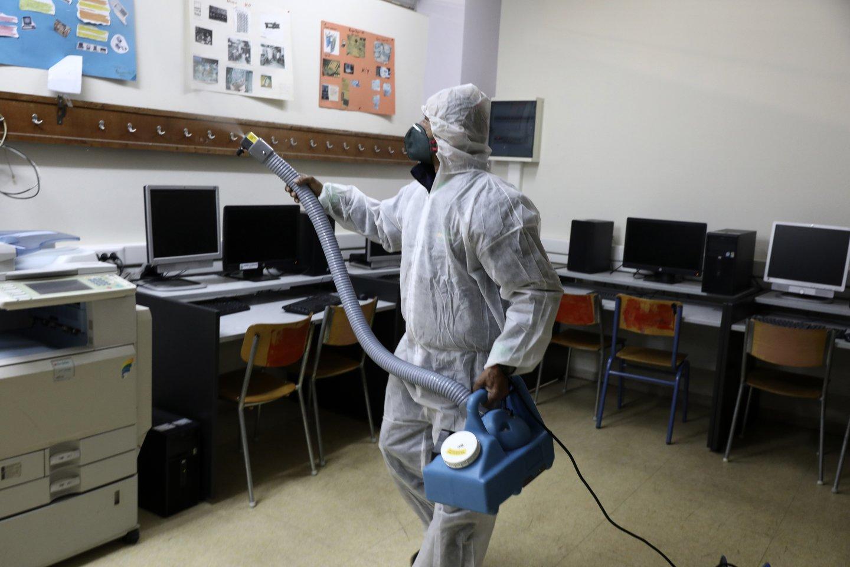 JAV – dar viena koronaviruso auka: pirmi viruso atvejai patvirtinti Indonezijoje.<br>AP/Scanpix nuotr.