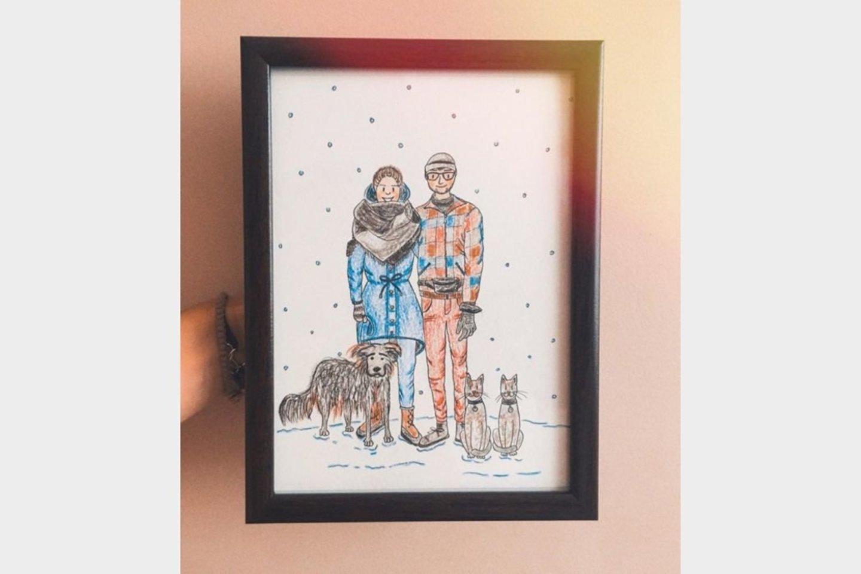 Be interjero dizaino Brigita mielai kuria ir iliustracijas savo draugės kepurių kolekcijoms bei savo pieštas dovanas artimiesiems.<br>Asmeninio archyvo nuotr.