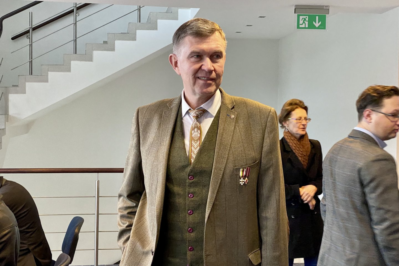 """Kalbėtojai lygino """"Nacionalinį susivienijimą"""" su Lietuvą į nepriklausomybę atvedusiu Sąjūdžiu.<br>V.Ščiavinsko nuotr."""