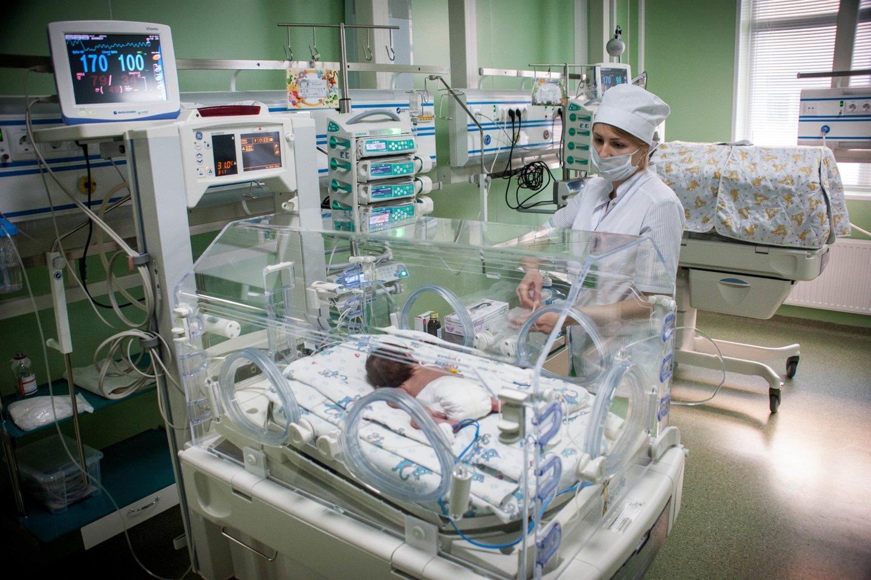 Jungtinėje Karalystėje koronavirusas buvo nustatytas ką tik gimusiam kūdikiui.<br>Zuma Press/Scanpix nuotr.