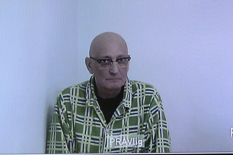 Sunkia liga sergantis K.V.Tutuianu į teismo salę nebuvo atvežtas, o liko kalėjimo ligoninėje. Byla buvo nagrinėjama nuotoliniu būdu.<br>R.Vitkaus nuotr.