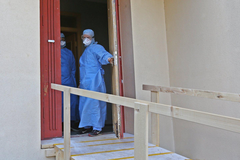 Koronaviruso pandemija neslūgsta ir toliau.<br>G.Šiupario nuotr.