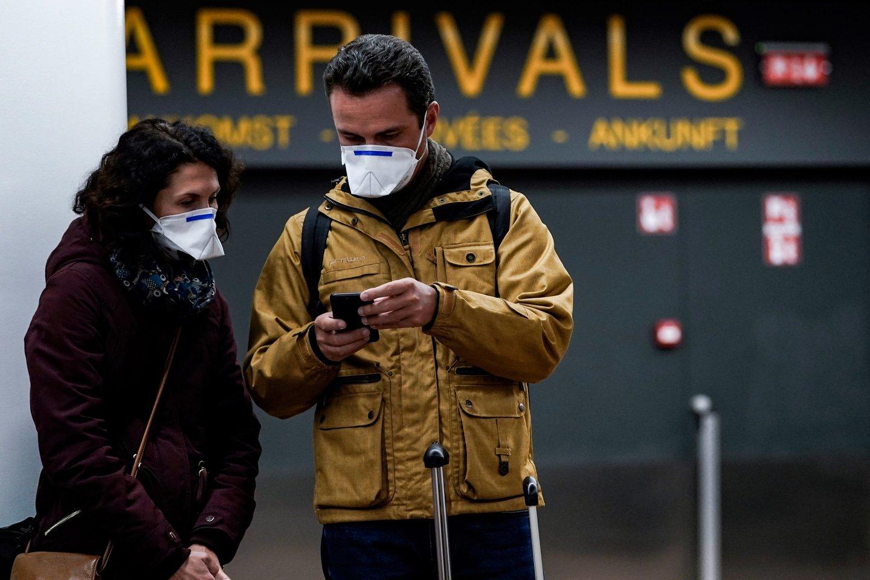 Koronaviruso pandemija neslūgsta ir toliau.<br>AFP/Scanpix nuotr.