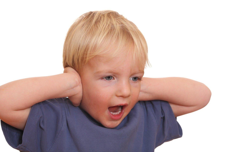 Daugiausia naujų autistinio spektro simptomų pasireiškia vaikui esant dvejų metų amžiaus – tuomet ir lengviausia nustatyti sutrikimą.<br>123rf.nuotr.