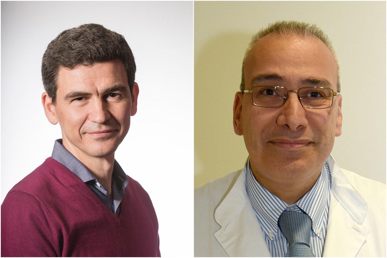 Kartu su kolega mokslininku Evangelosu Giamarellos iš Atėnų universiteto (dešinėje) M.Netea Graikijoje pradėjo tyrimą, kuriuo siekia išsiaiškinti, ar BCG gali padidinti vyresnio amžiaus žmonių atsparumą infekcijoms.<br>Wikimedia commons / HIfSoS nuotr.