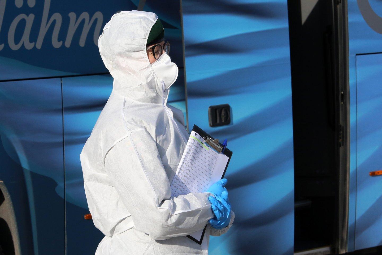 Lietuvoje daugėja užsikrėtusių koronavirusu.<br>M.Patašiaus nuotr.