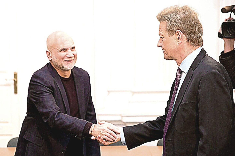 Trečiadienį išteisinamąjį nuosprendį G.Vainauskui (kairėje) ir R.Paksui paskelbęs teismas neaptiko jokių jų kaltės įrodymų.