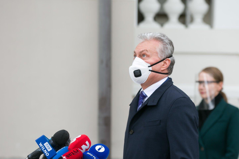 Mišrios Seimo narių grupės atstovas P.Urbšys, pranašavo, kad kai kurios ar net visos kandidatūros bus atmestos, nes valdantieji valstiečiai nusiteikę paauklėti prezidentą G.Nausėda (nuotraukoje).<br>T.Bauro nuotr.