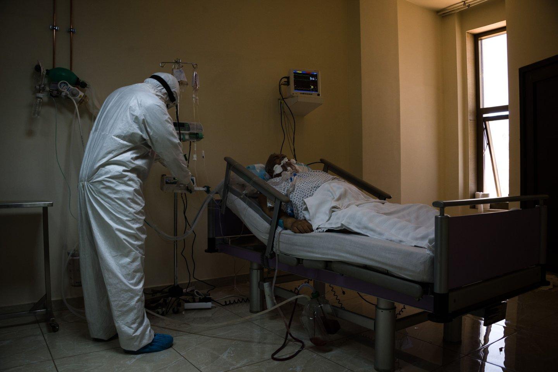 Koronavirusas toliau smaugia visą pasaulį.<br>Scanpix nuotr.