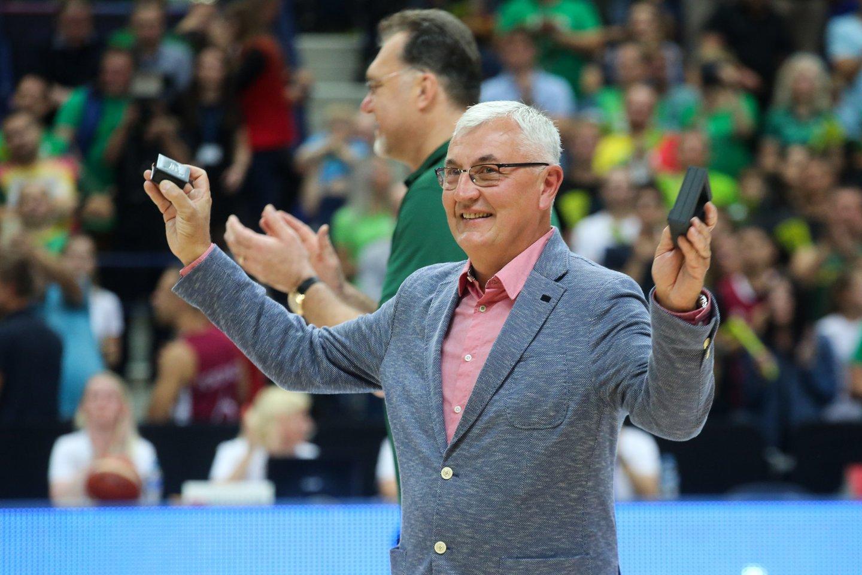 Dauguma krepšinio gerbėjų žino Joną Kazlauską kaip vieną geriausių Europos trenerių.<br>T.Bauro nuotr.