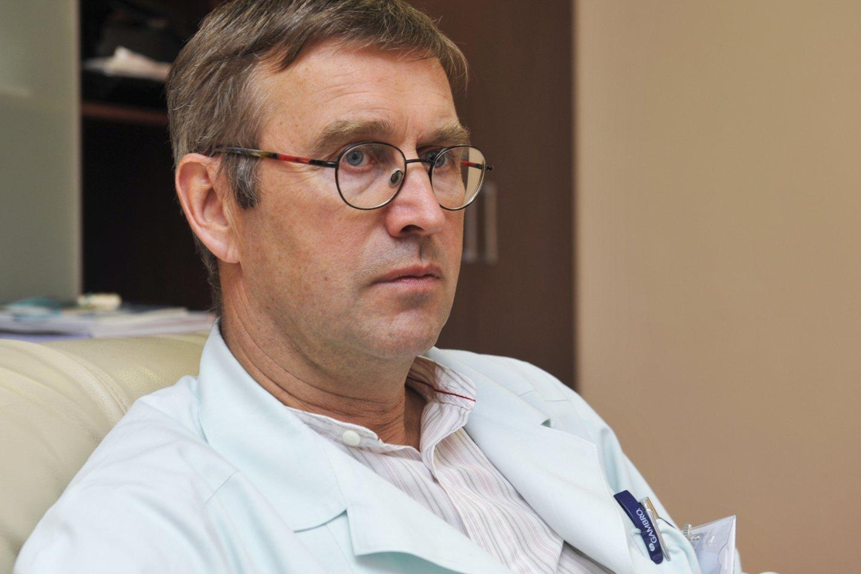 VUL Santaros klinikų I Reanimacijos-intensyvios terapijos skyriaus vedėjas Gintautas Kėkštas.<br>V.Ščiavinsko nuotr.