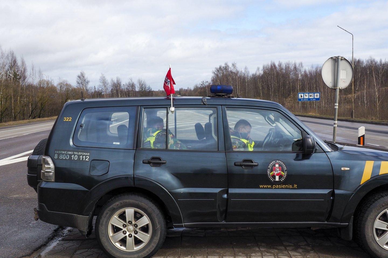 Lietuvos premjeras pranešė, kad su Latvijos ir Estijos vyriausybių vadovais pavyko sutarti dėl sienų atvėrimo.<br>V.Ščiavinsko nuotr.