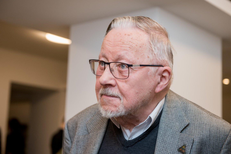 V.Landsbergis sutiko liudyti byloje dėl užginčyto R.Karpavičiaus testamento.<br>D.Umbraso nuotr.