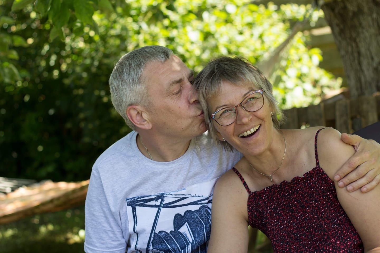 Audrius ir Aušra džiūgauja, gegužės 18 d. tapę seneliais.<br>Asmeninio archyvo nuotr.