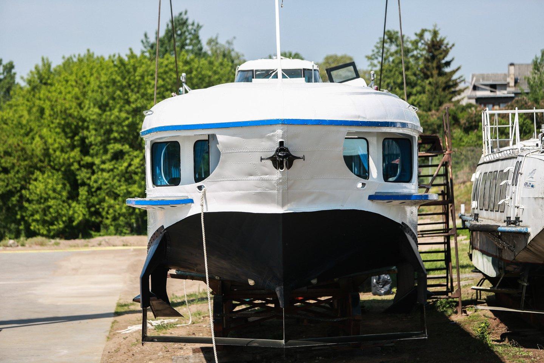 """Antradienį suteiktas leidimas Nemunu plaukioti legendiniam keleiviniam laivui """"Raketa"""".<br>G.Bitvinsko nuotr."""