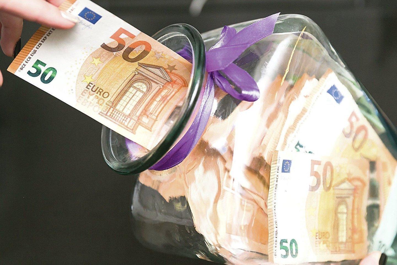"""Pagal portalui lrytas.lt """"Sodros"""" pateiktus duomenis, vos 9-iose iš 60 Lietuvos savivaldybių odontologijos paslaugas teikiančiose įmonėse vidutinis darbo užmokestis (VDU) perkopė 1 tūkst. eurų.<br>T.Bauro nuotr."""