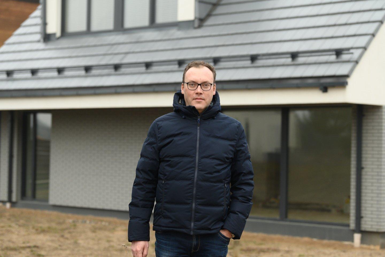 Vilnietis Mindaugas papasakojo, kaip jam pavyko sutaupyti statant namą sostinėje.<br>V.Skaraičio nuotr.