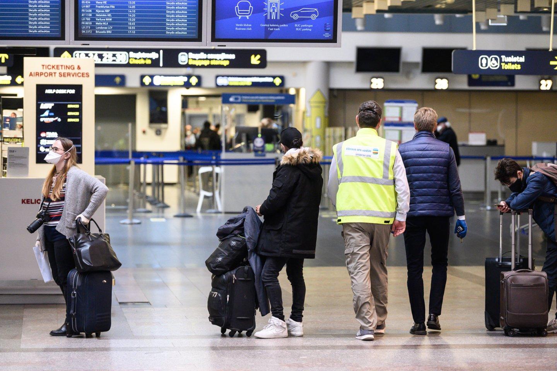 Visiems minėtiems asmenims bus privaloma laikytis dviejų savaičių saviizoliacijos.<br>V.Skaraičio asociatyvi nuotr.
