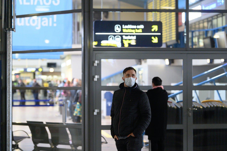 """Skrydžių bendrovė """"Wizz Air"""" portalui perdavė, kad tuo atveju, jeigu keleivis negali išvykti iš šalies, bendrovė skrydžių nekompensuoja.<br>V.Skaraičio nuotr."""