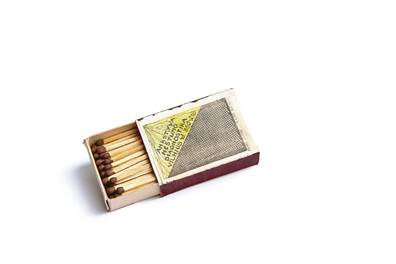 Praėjusio amžiaus pabaigoje nėštumo tyrimus reklamavo net ant degtukų dėžučių<br>O.Bričkutės nuotr.