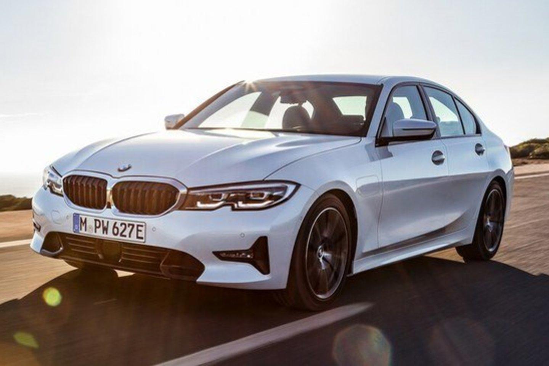 """Pieter'is atkreipia dėmesį, jog """"BMW"""" atlikti rinkos tyrimai parodė, jog artimiausiu metu išaugs tokių hibridinių transporto priemonių paklausa.<br>Gamintojo nuotr."""
