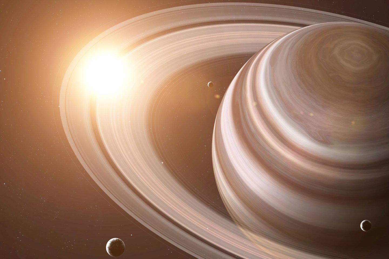 """2004 m. JAV erdvėlaivis """"Cassini"""" pirmą kartą įskriejo į Saturno palydovo orbitą ir pradėjo šios planetos ir jos palydovų tyrimus.<br>123rf nuotr."""