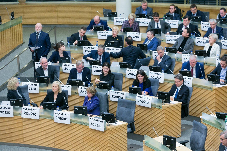Į viešumą šiomis dienomis nutekėjo, o gal ir buvo tyčia nutekintas dokumentas, kuriame išdėstyta, kaip Tėvynės sąjungos-Lietuvos krikščionių demokratų (TS-LKD) strategai vertina partijos galimybes rudens kovoje dėl Seimo ir po jos.<br>T.Bauro nuotr.