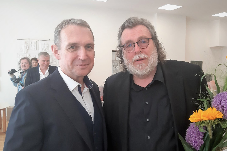 Parodos svečiai filosofas Arvydas Juozaitis ir skulptorius Arūnas Sakalauskas.<br>G.Pilaičio nuotr.
