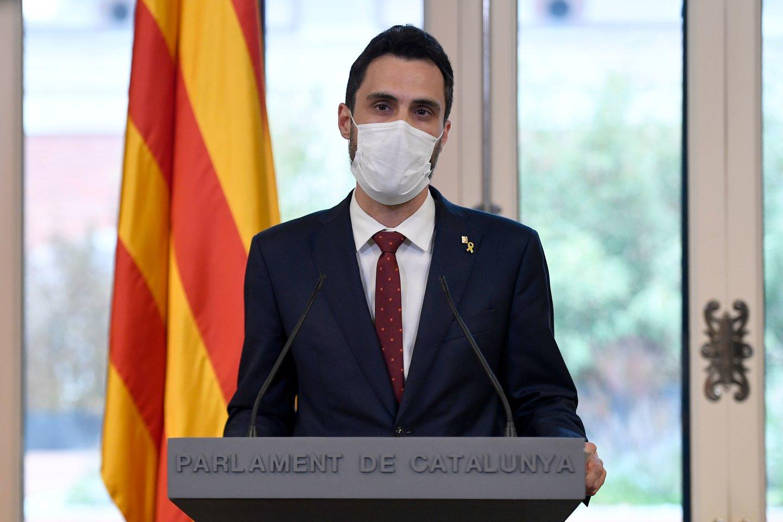Katalonijos parlamento pirmininkas Rogeras Torrentas teigia, kad Ispanijos valdžia jį sekė. Atitinkamą pareiškimą jis paskelbė antradienį.<br>AFP/Scanpix nuotr.
