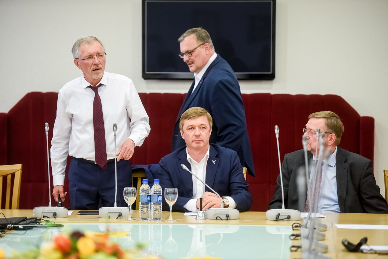 Gediminas Kirkilas, Juozas Bernatonis, Kęstutis Daukšys, Ramūnas Karbauskis<br>D.Umbraso nuotr.