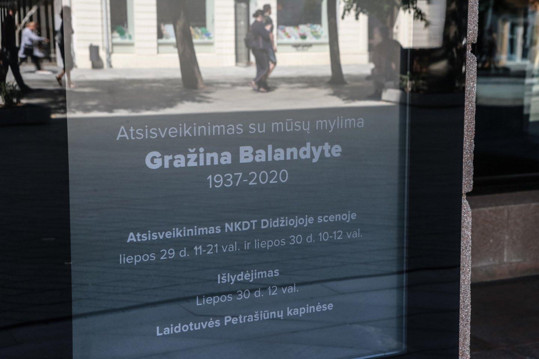 Kaune atsisveikinama su mirusia aktore Gražina Balandyte.<br>G.Bitvinsko nuotr.