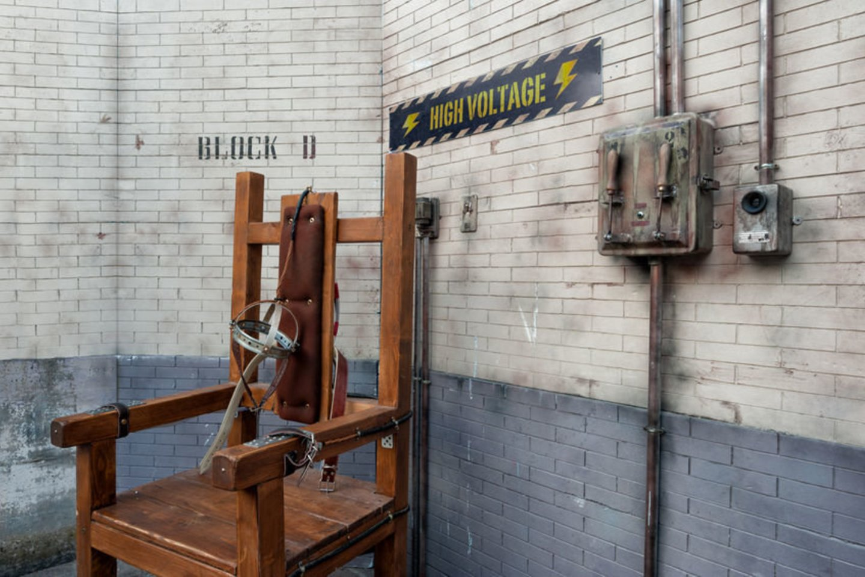 1890 m. Niujorko valstijoje pirmąkart įvykdyta mirties bausmė elektros kėdėje. Egzekucija įvykdyta žmonos nužudymu kaltinamam Williamui Kemmleriui.<br>123rf nuotr.