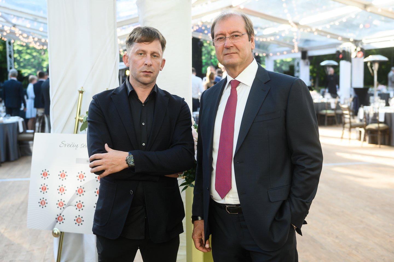 """""""Vikonda"""" įmonių grupės 30-mečio šventės akimirka.<br>T.Bauro ir V.Skaraičio nuotr."""
