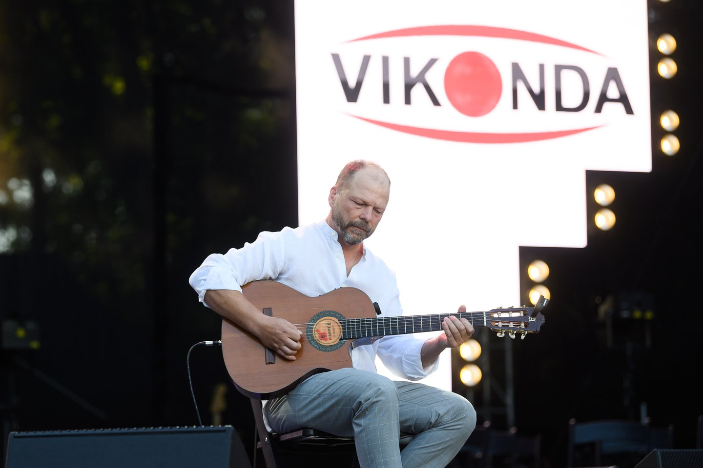 """""""Vikonda"""" įmonių grupės 30-ojo jubiliejaus šventės akimirka.<br>T.Bauro ir V.Skaraičio nuotr."""