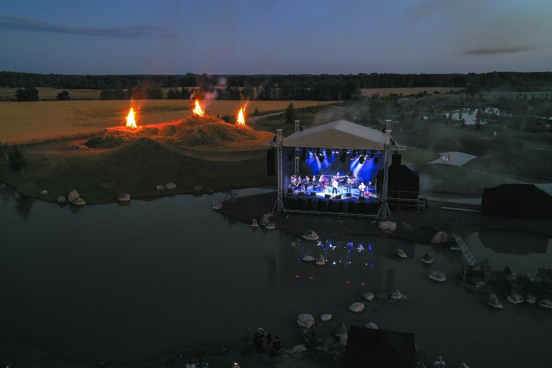 S.Petreikio koncertas Japoniškame sode.<br>V.Ščiavinsko nuotr.