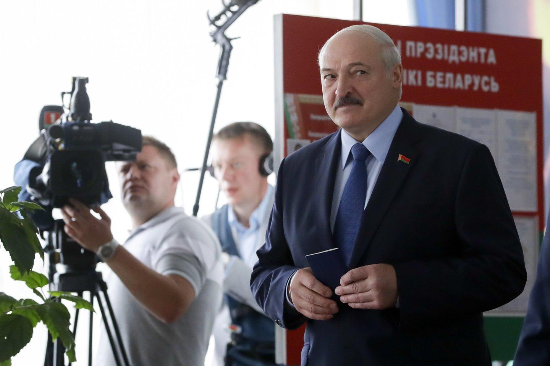 Baltarusijos opozicijos kandidatė prezidento rinkimuose S.Tichanovskaja yra Lietuvoje.<br>AP/Scanpix nuotr.